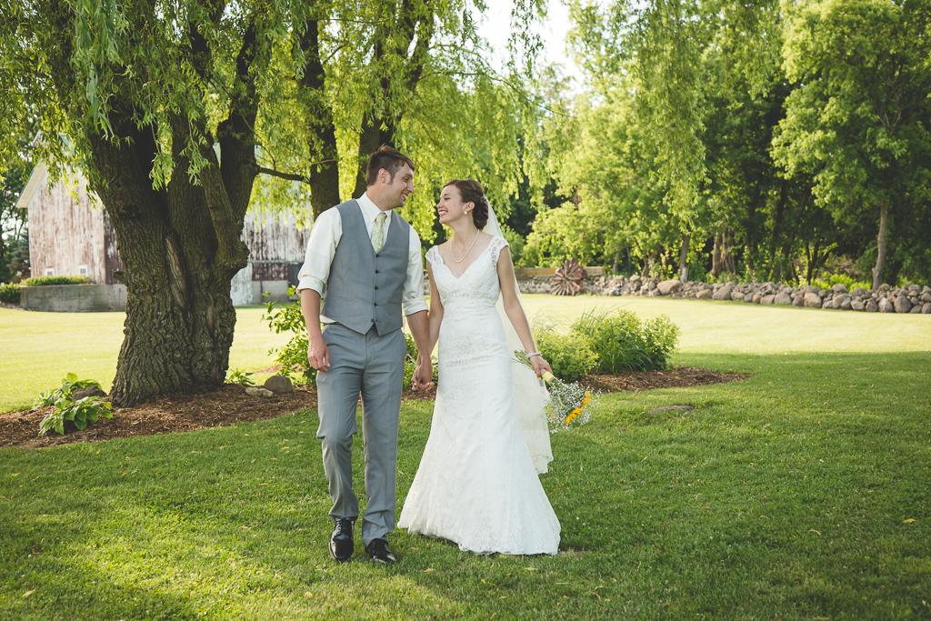 classy barn wedding